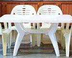 میز و صندلی های پلاستیکی