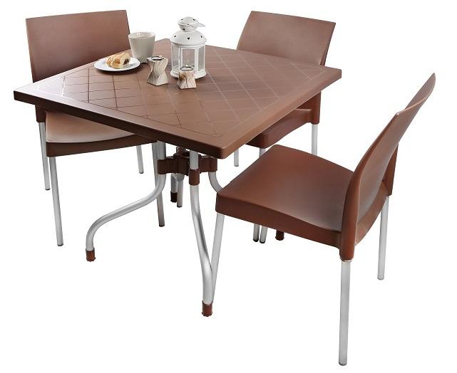 میز و صندلی پلاستیکی غذاخوری